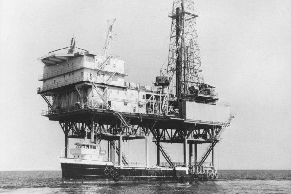 Site de récolte de pétrole à Dubaï